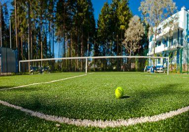 Спортивный искусственный газон для теннисных кортов