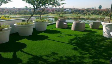 Воплощение всех идей в ландшафтном дизайне с искусственной травой Prettie Grass